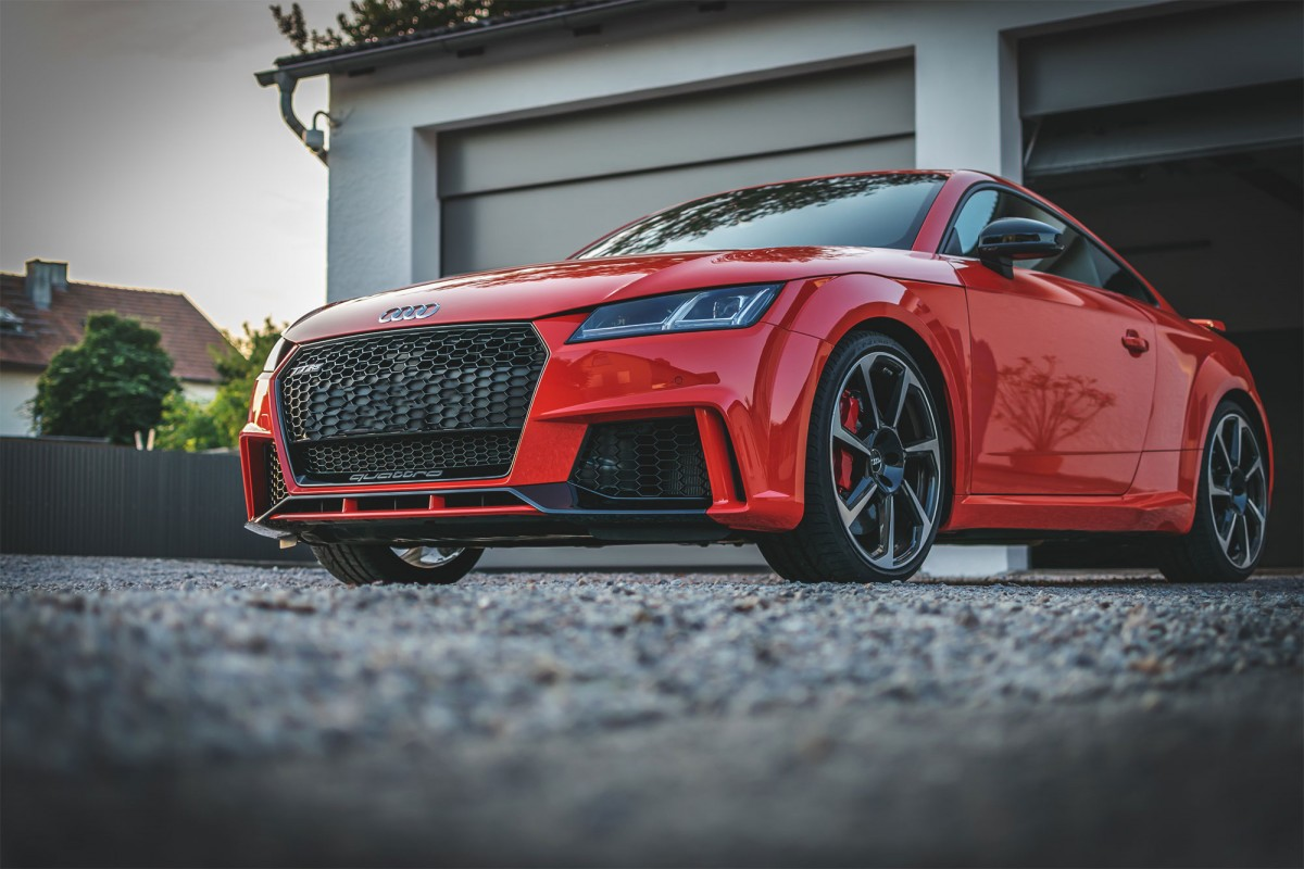 Audi TTRS in Catalunyarot Metallic