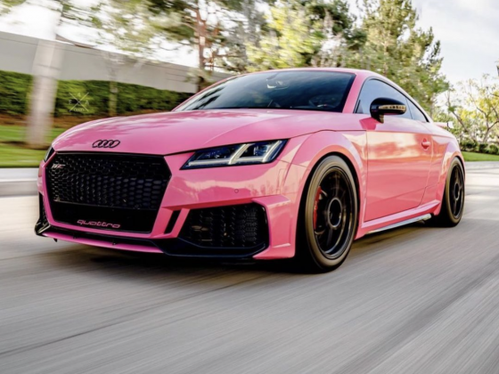 Pink-Audi-TT-RS