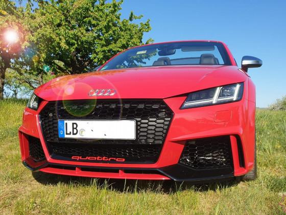 Audi TTs vorne