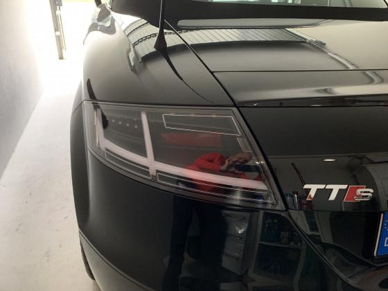 Schwarze LED Rückleuchten beim 8j in Phantomschwarz