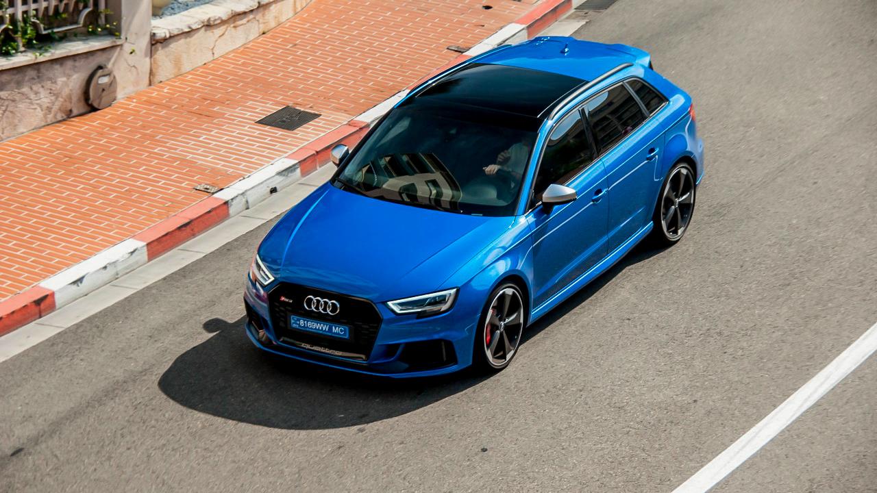 Audi RS3 Sportback Arablau